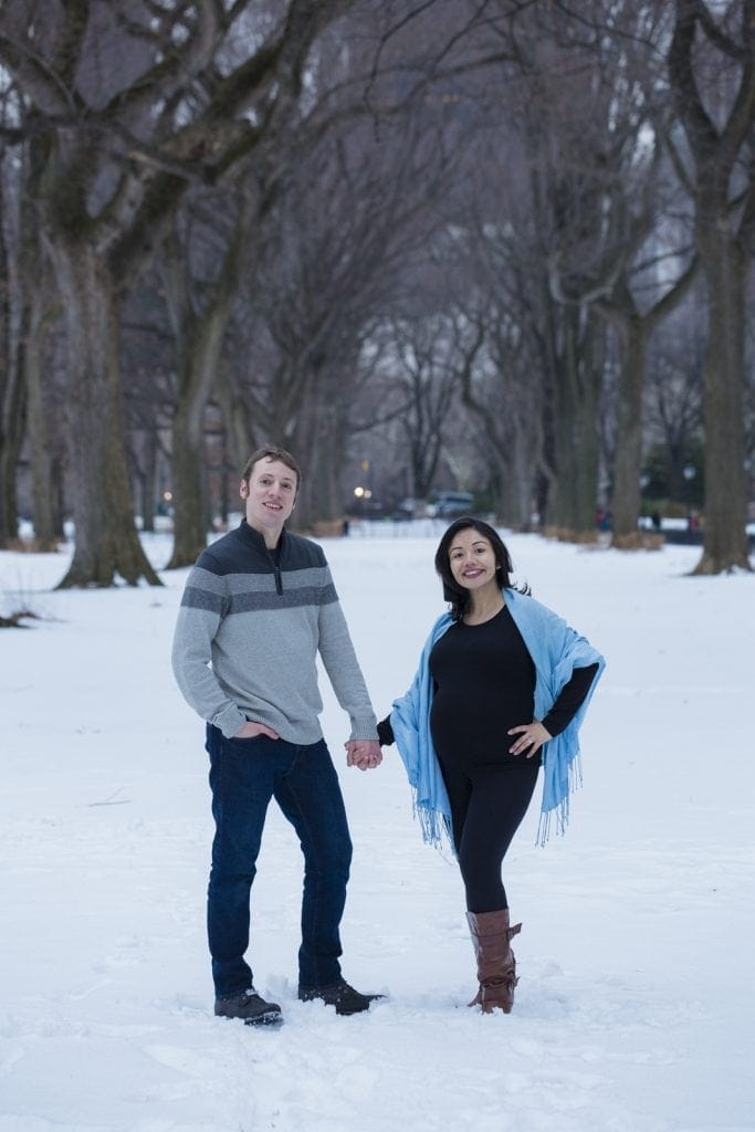 Classic maternity portrait in snow